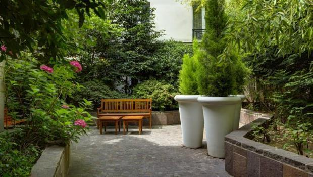 Best western le patio saint antoine 04