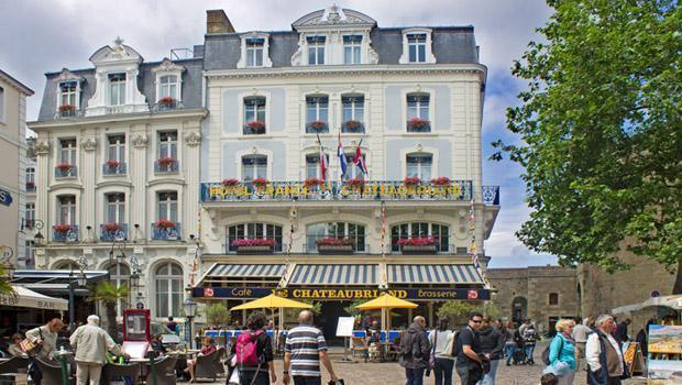 France and chateaubriand st malo 01